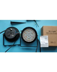 FUTC03 MiLight futLight 15W 16 million colors RGB+CCT LED garden light